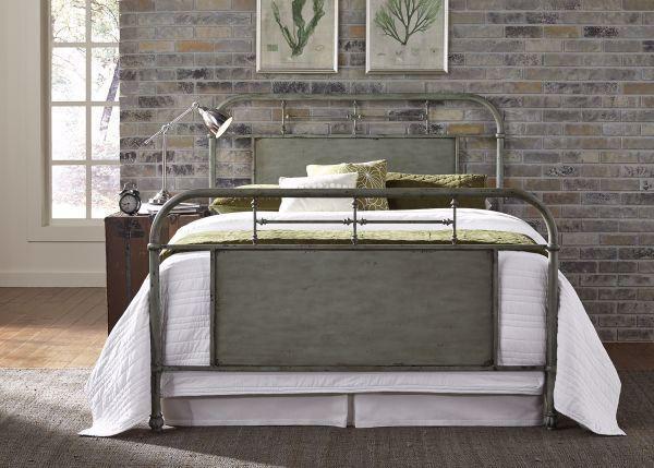 Picture of VINTAGE GREEN QUEEN METAL BED