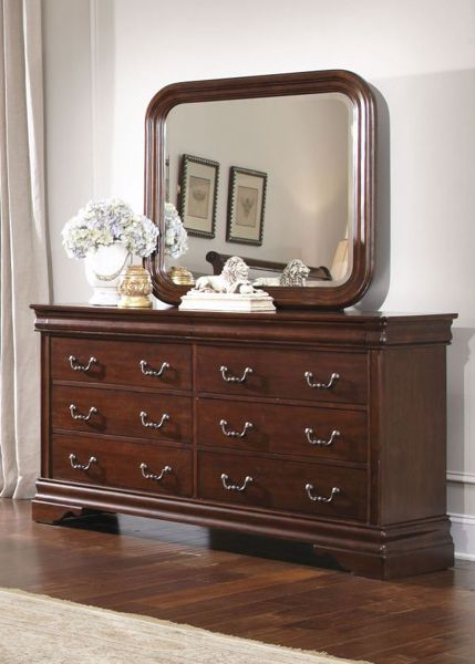 Picture of CARRIAGE COURT EIGHT DRAWER DRESSER