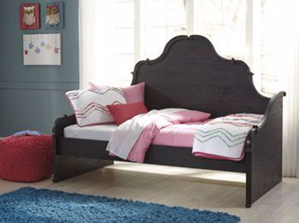 Corilyn Twin Daybed Trundle Storage