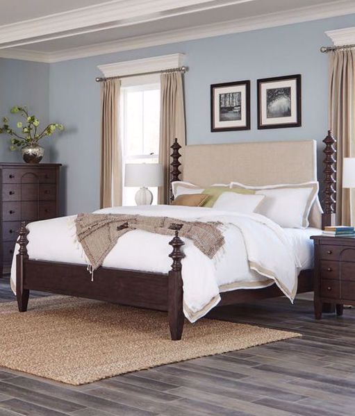 Picture of CHARLESTON KING UPHOLSTERED POSTER BED