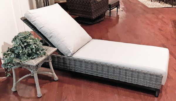 Picture of CHAISE LOUNGER