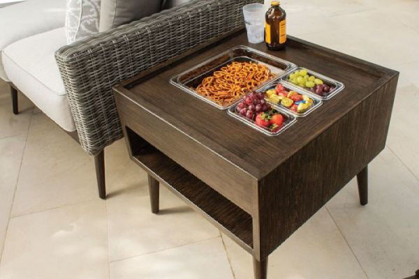 Picture of SQUARE END TABLE WITH CHIP SERVER