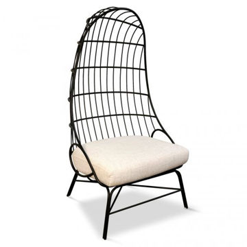 Picture of Black Metal Frame Egg Chair